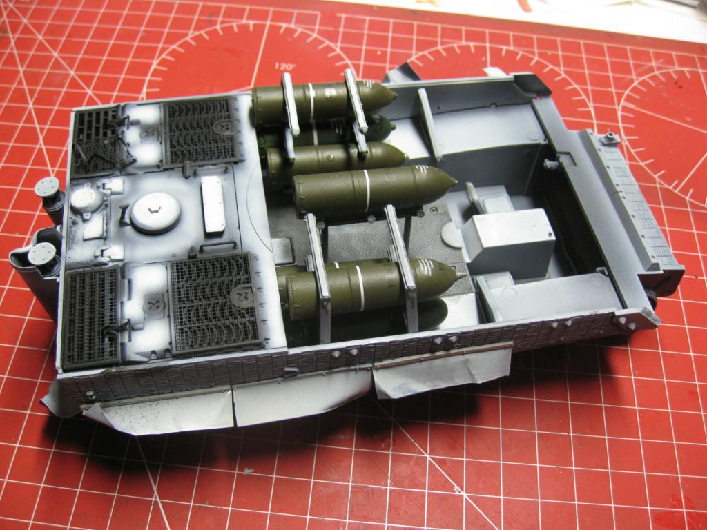Sturmmörser Tiger - Italeri 1/35 Mise a jour le 25/11 - Page 3 Img_6033