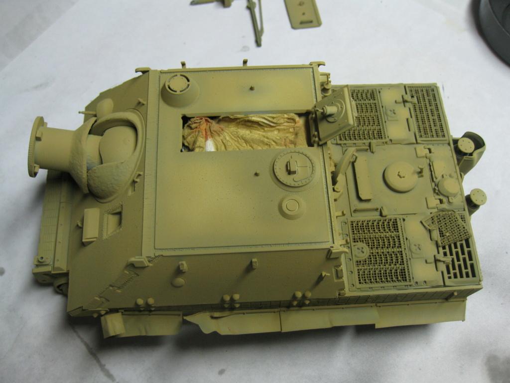 Sturmmörser Tiger - Italeri 1/35 Mise a jour le 25/11 - Page 3 Img_6035