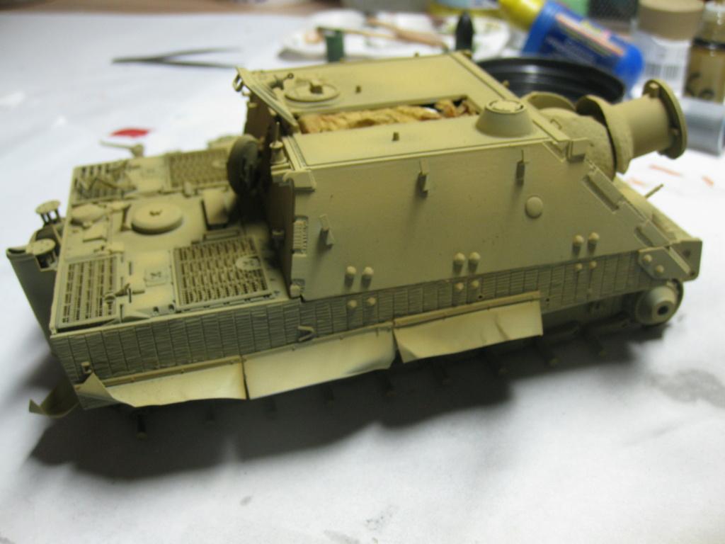 Sturmmörser Tiger - Italeri 1/35 Mise a jour le 25/11 - Page 3 Img_6040