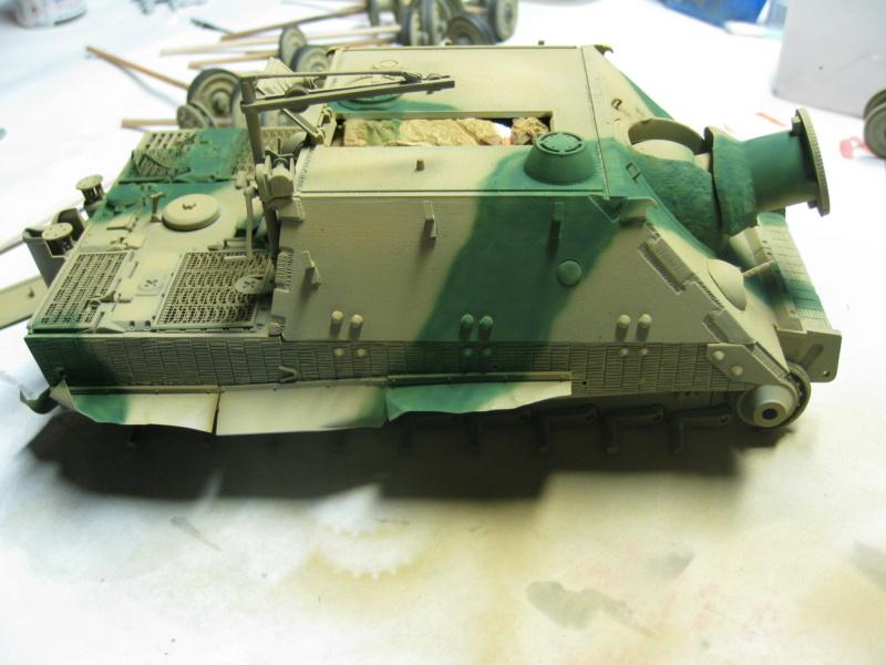 Sturmmörser Tiger - Italeri 1/35 Mise a jour le 25/11 - Page 3 Img_6050