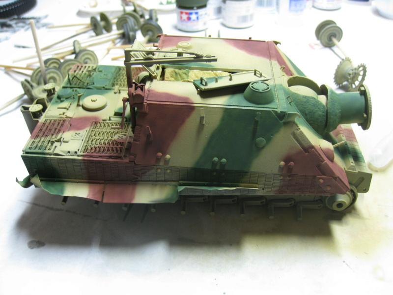 Sturmmörser Tiger - Italeri 1/35 Mise a jour le 25/11 - Page 3 Img_6113