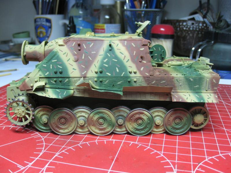 Sturmmörser Tiger - Italeri 1/35 Mise a jour le 21/11 - Page 4 Img_6146