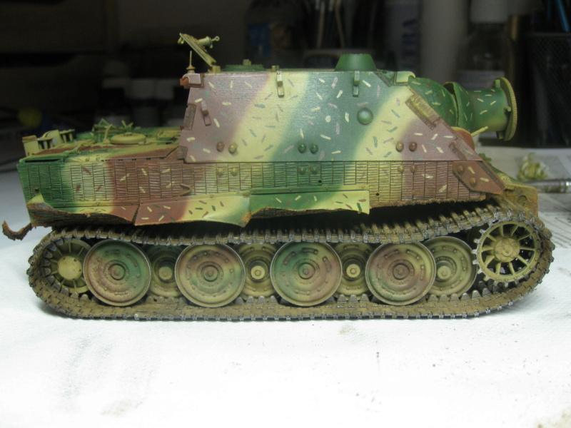 Sturmmörser Tiger - Italeri 1/35 Mise a jour le 25/11 - Page 5 Img_6177