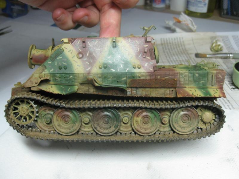 Sturmmörser Tiger - Italeri 1/35 Mise a jour le 25/11 - Page 5 Img_6178