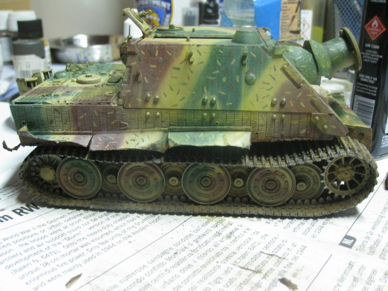 Sturmmörser Tiger - Italeri 1/35 Mise a jour le 25/11 - Page 5 Img_6186