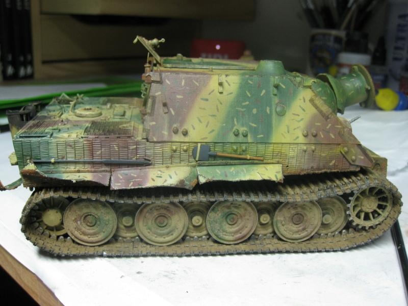 Sturmmörser Tiger - Italeri 1/35 Mise a jour le 25/11 - Page 6 Img_6213