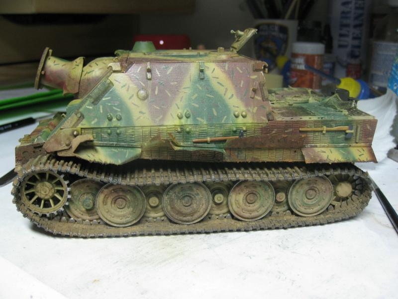 Sturmmörser Tiger - Italeri 1/35 Mise a jour le 25/11 - Page 6 Img_6215