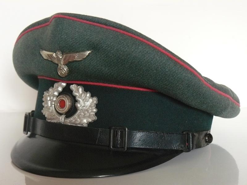 Schirmmutze Kustenartillerie - nominative et tampons unité ? P1080747