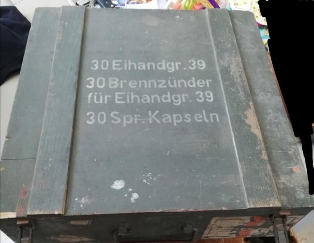 Caisse à grenade m24 km et autre.  Img_2145