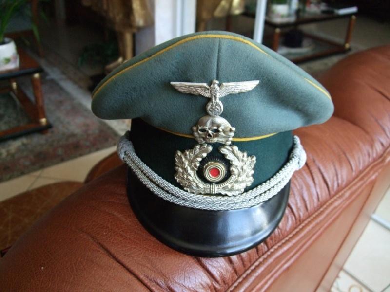 Quelles décorations/badges pour accompagner une vareuse d'officier Allemand? 610
