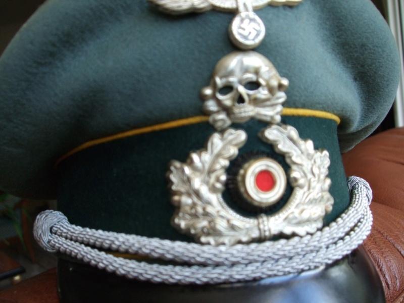 Quelles décorations/badges pour accompagner une vareuse d'officier Allemand? 910