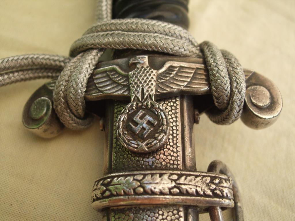 Dague HEER noire dite Bahnschutz 1 ere type. Heer_n23
