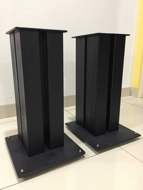 Speaker stand solid metal ( sold) 112