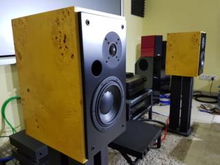 Image bookshelf speaker ( Sold) 137