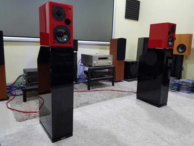 Usher S-520 & Usher SW 520 ( Sold)  141