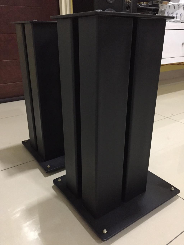 Speaker stand solid metal ( sold) 213