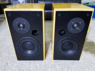Image bookshelf speaker ( Sold) 237