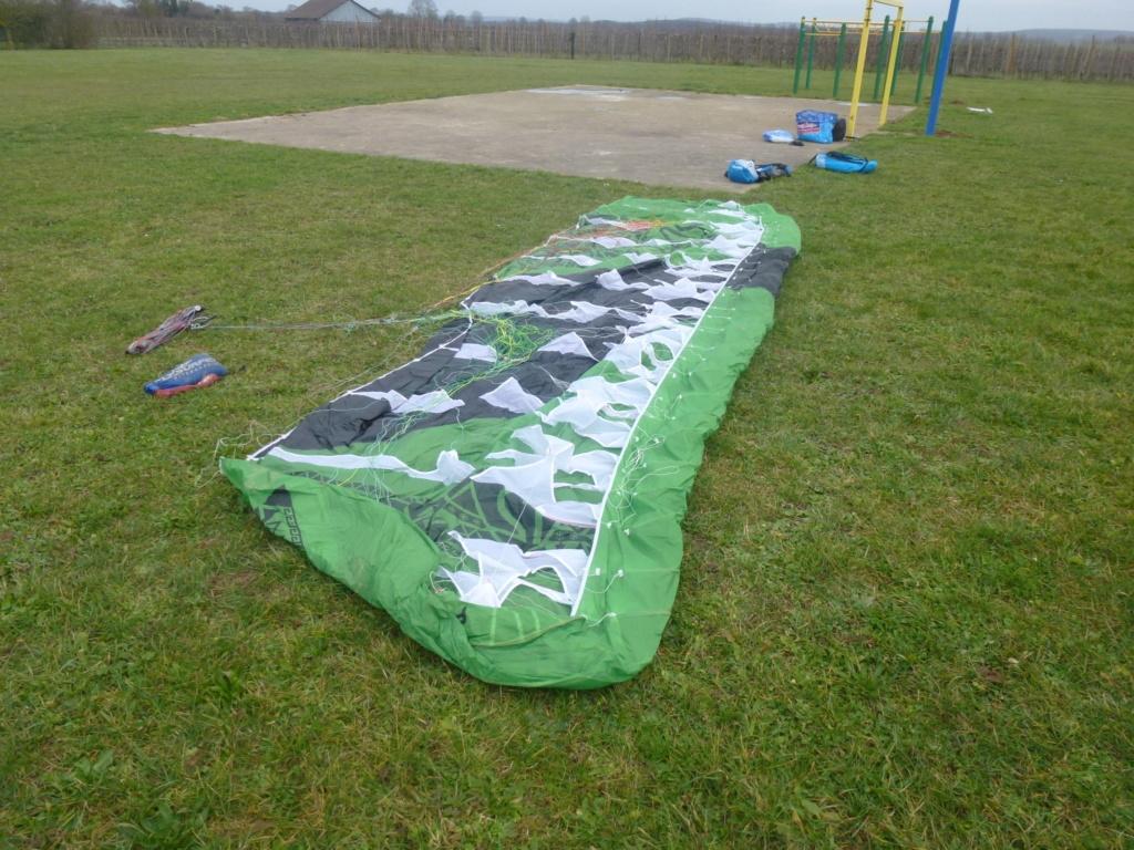 VENDUE Flysurfer Peak 2 12m nue 350€  P1020533