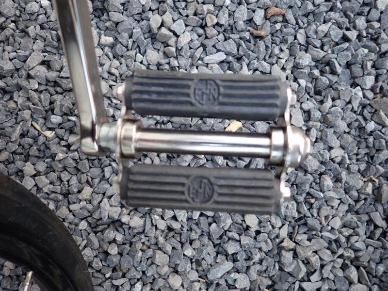 Pour les amateurs de bicyclettes vintage P2200128