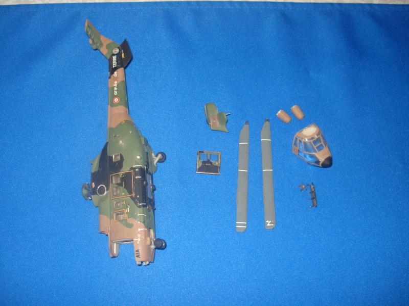 Rénovation AS 332 M1 Super Puma (cougar ALAT ) 1/72e  Dsc06512