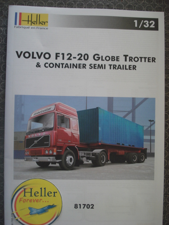 [HELLER] VOLVO F12-20 GLOBETROTTER & CONTAINER Semi Trailer 1/32ème Réf 81702 Dsc08214