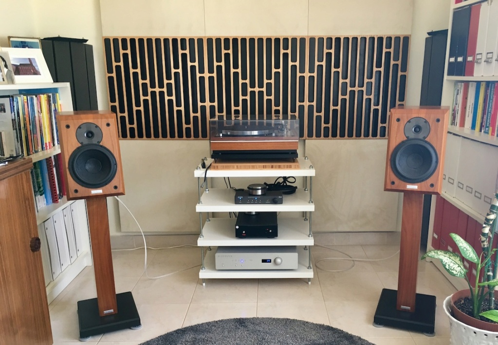 O meu humilde sistema estéreo Img_6310