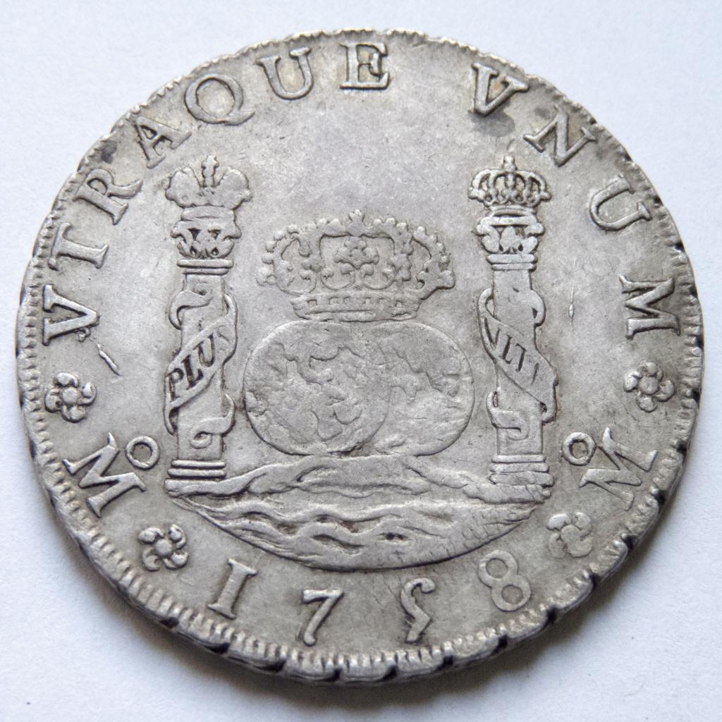 8 reales de Fernando VI, 1758 Mexico P1030512