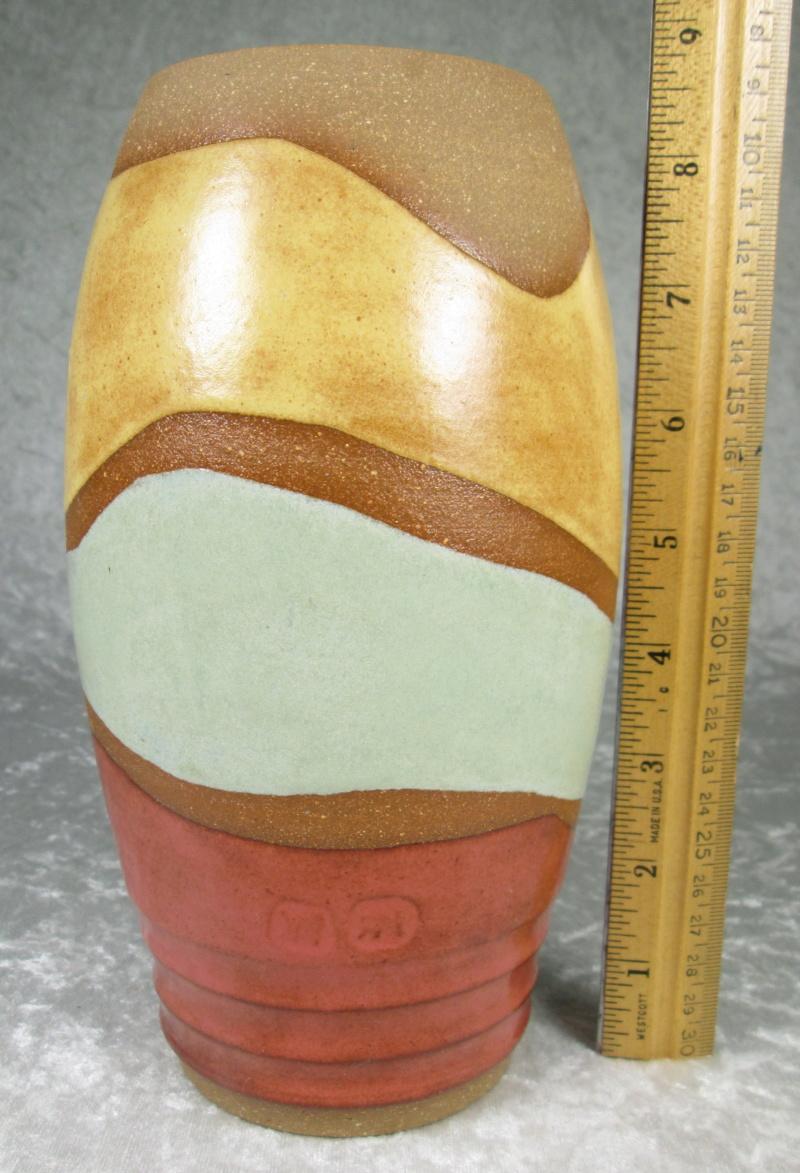 Stoneware Vase with 2 marks KM RM? Img_4211