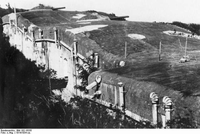 Tsing Tao, 1914. Quingd14