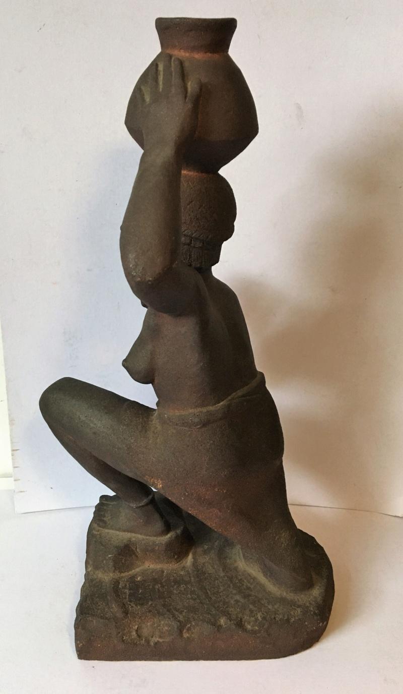 Nubienne porteuse d'eau - grès signé Apollon 1939? Img_1717