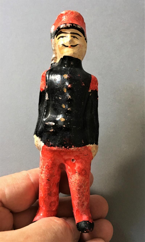 Figurines anciennes en carton bouilli Renault & Bon-Dufour Img_5110
