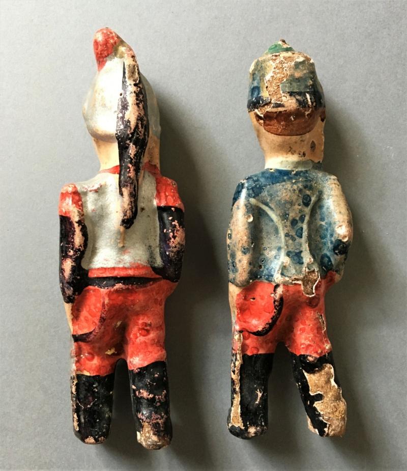 Figurines anciennes en carton bouilli Renault & Bon-Dufour Img_5114