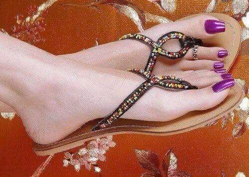 vous en voyez souvent des pieds de ce genre ? Fett10