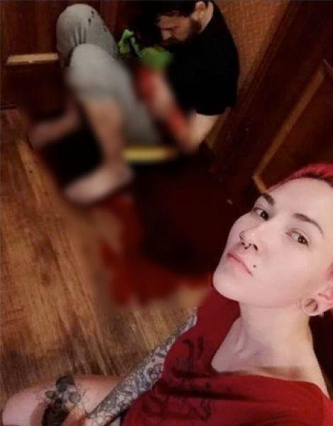 В Сургуте пьяная мадам вогнала нож в бывшего мужа, сделала с ним селфи и запостила в соцсети Pyrnul11