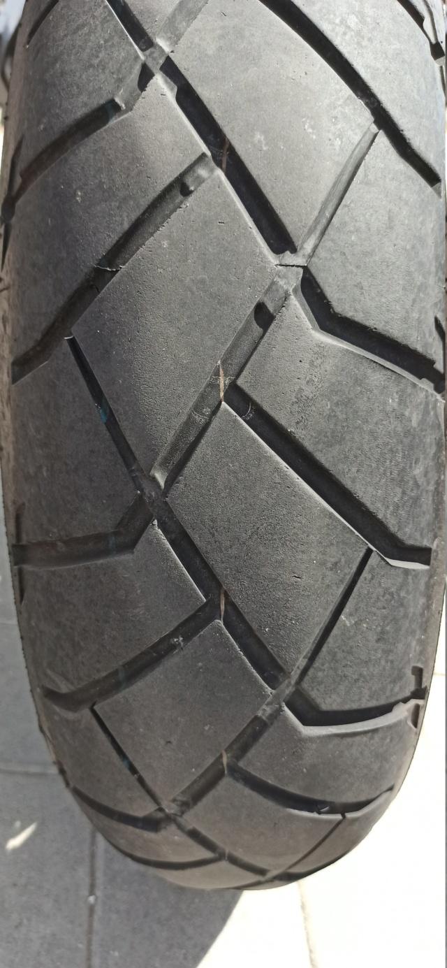 El hilo de los neumáticos.... - Página 28 Img_2024