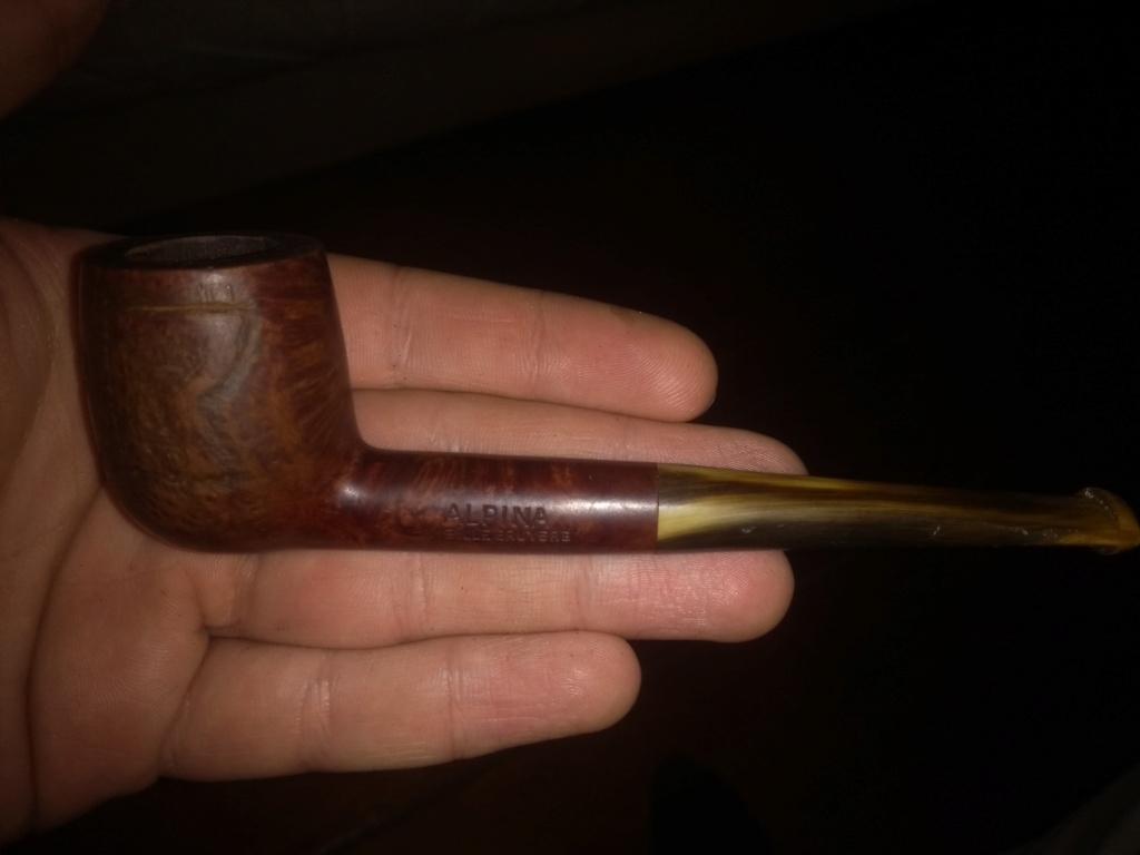 besoin de renseignements sur 2 vieilles pipes! Img_2010