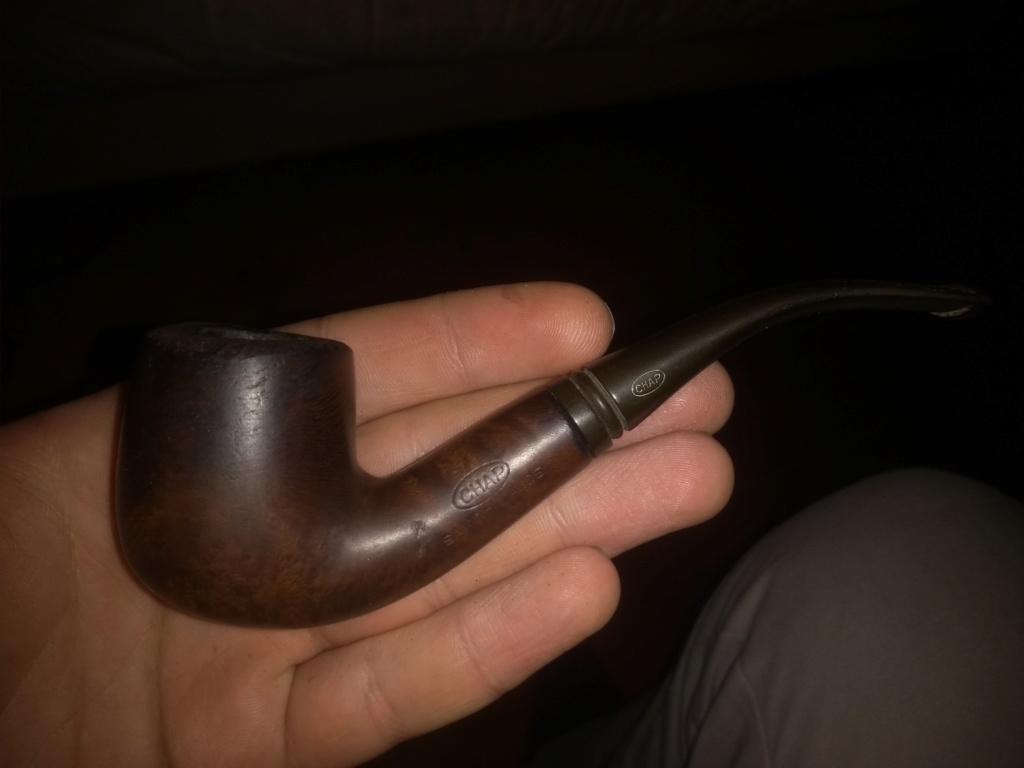 besoin de renseignements sur 2 vieilles pipes! Img_2011