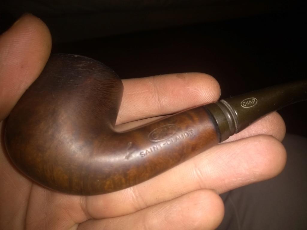 besoin de renseignements sur 2 vieilles pipes! Img_2012