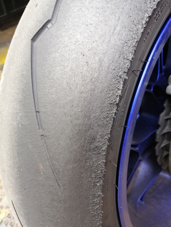 Help ! Usure Pirelli SC dois je les changer? Tyres_10