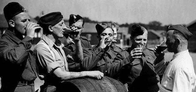 Photo : bière et Spitfire Battli10