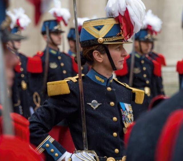 Féminisation dans les Armées Cyr10