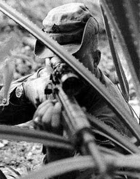 Les 10 plus grands Snipers de l'histoire Waldro10