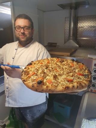 Quelqu'un a un avis sur un four ggf 9 pizzas Receiv11