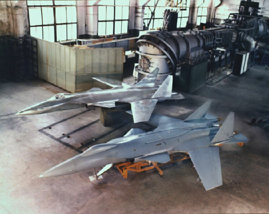 Su-47 Berkut and MiG 1.44  - Page 2 Slm-3210