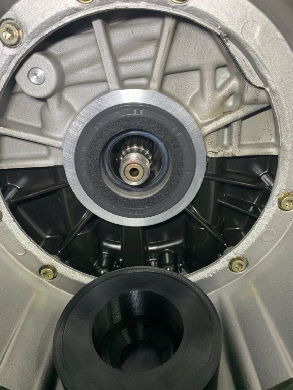 Rear Main Seal Leaking Img_0925