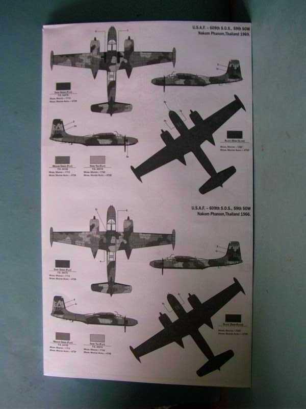 Multi-présentations ITALERI DOUGLAS A 26 C / K INVADER 1/72ème Réf 1259 & 1249 et REVELL DOUGLAS A 26B INVADER 1/72ème Réf 04310 Imag0035