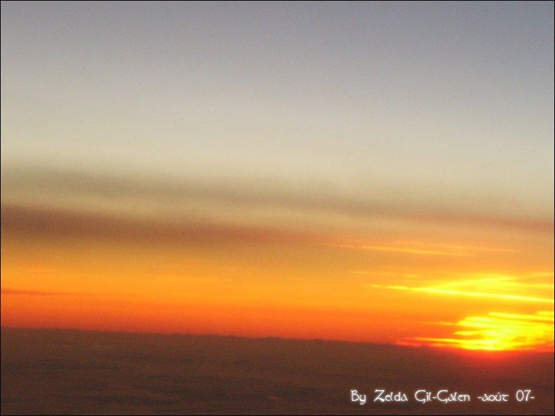 Coucher et lever de soleil..en avion! 101_0012
