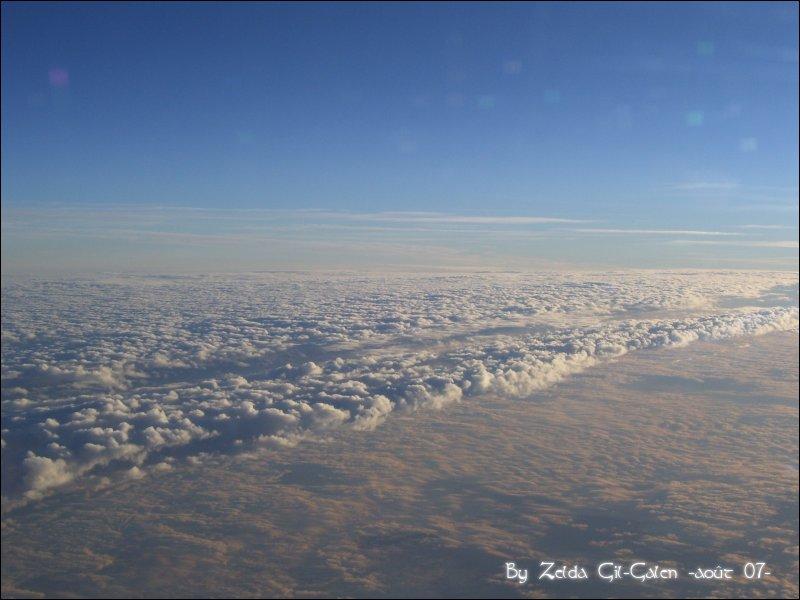 Coucher et lever de soleil..en avion! 101_0113