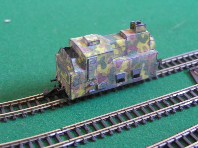Montage d'un train blindé, base papier P1010015