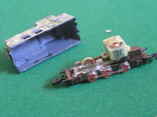 Montage d'un train blindé, base papier P1010017